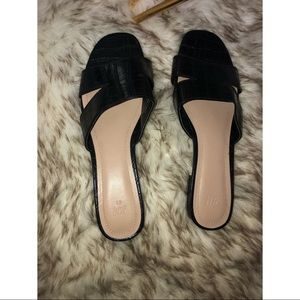 HM black Women flat sandals size 41